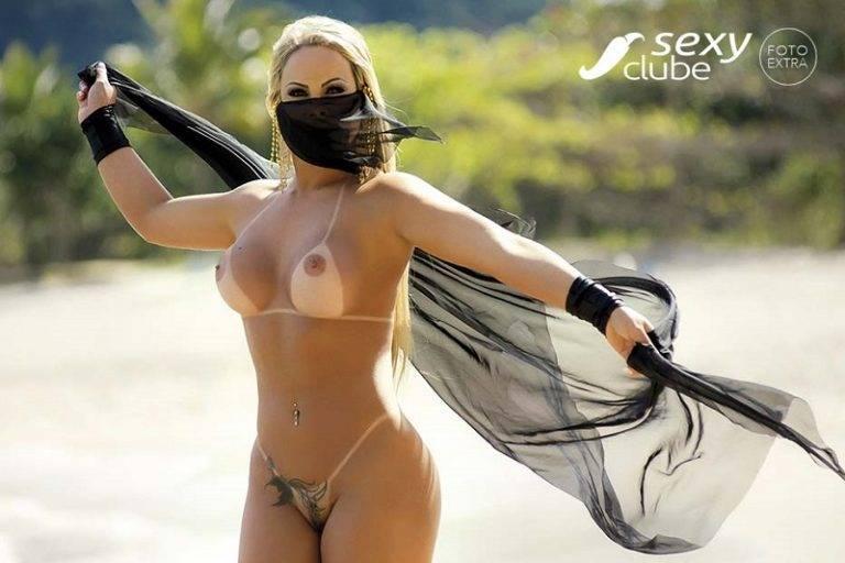 Isabela Alvino pelada